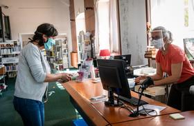 Accueil et respect des gestes barrière à la bibliothèque